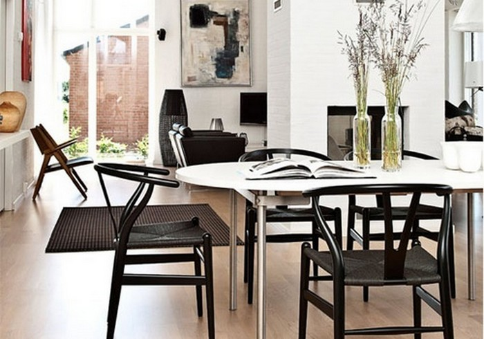 Wishbone_Chair_Black_Classic_Dining